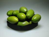 Grote groene olijven
